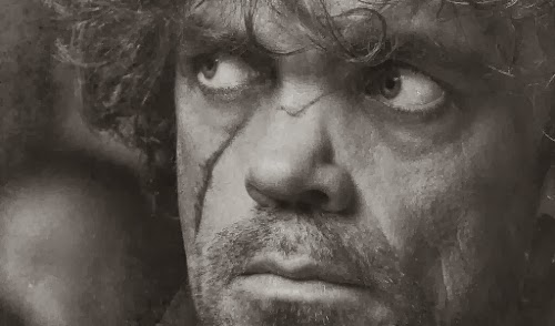Imagem promocional da personagem de Peter Dinklage para a 4a. temporada (2014) da série de TV Game of Thrones