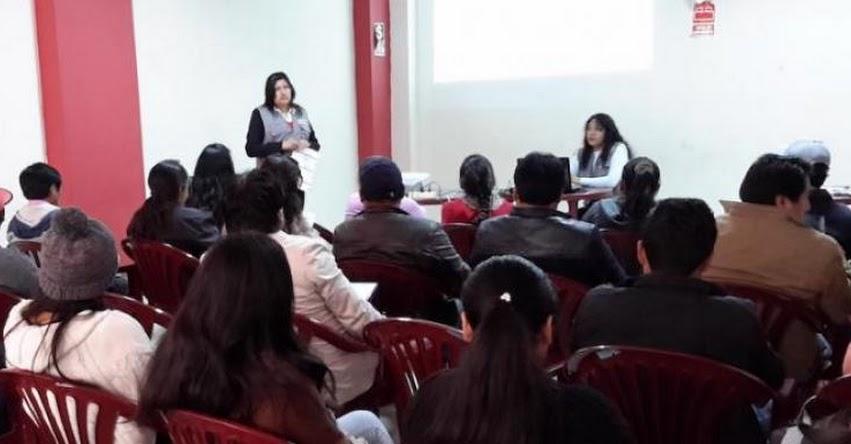 Ciudadanos Tarmeños se informan sobre crédito educativo de PRONABEC