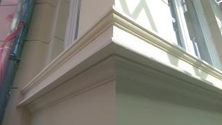 neue stuckgesimse stuckprofil stuckfassade sanierung bonn belz neu gestrichen