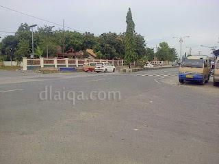 titik akhir, tak jauh dari bandara Raden Inten II, Branti