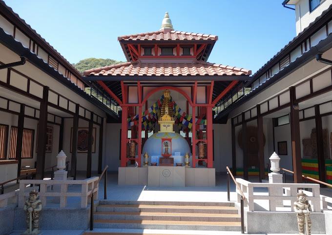 ネパール大震災復興記念堂