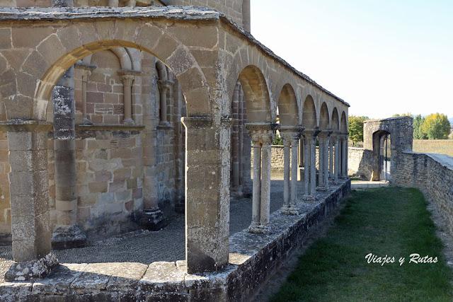 Claustro de Santa María de Eunate