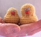 http://www.spunwool.com/site/spun_fibre_arts/assets/pdf/Cute_Chicks.pdf