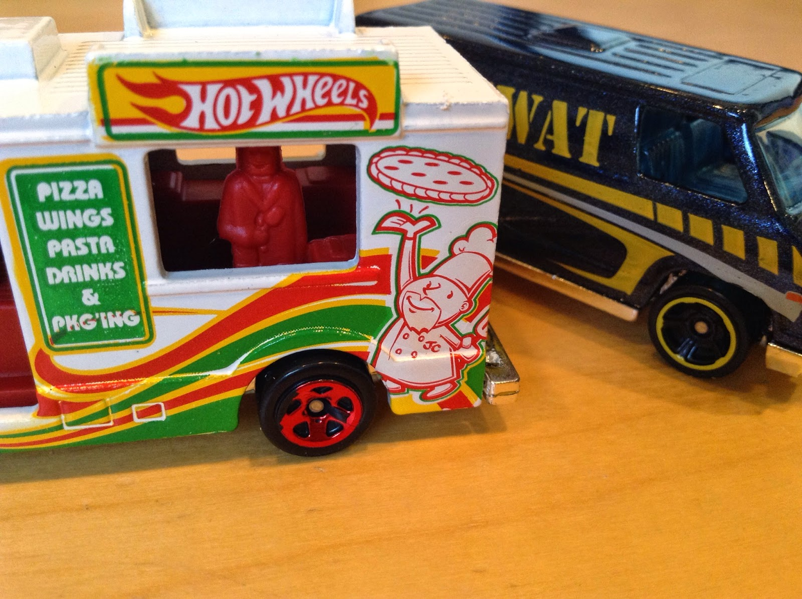 Julian's Hot Wheels Blog: Ice Cream Truck & Super Van