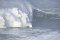 nazare tow in challenge france9861nazare20poullenot