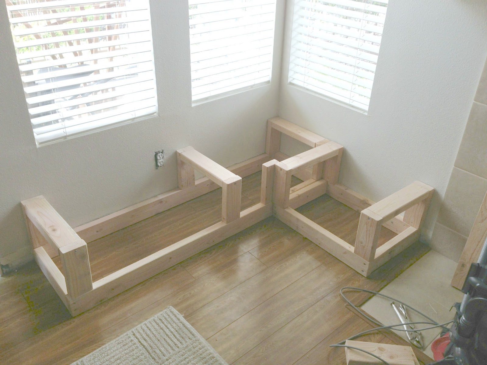 The Good Life Takes Work: Making A Corner Storage Bench