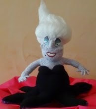 http://blog.pianetadonna.it/rollycrochet/disney-ursula/