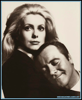 Catherine Deneuve y Jack Lemmon en Locos de abril 1969