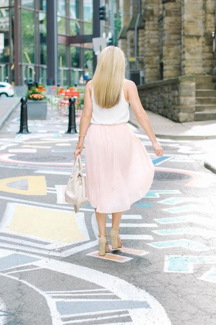 Chelsea28 Pleated Midi Skirt and steve madden carrson sandals