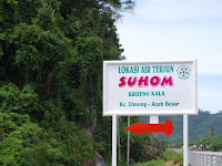 Enjoy tours in Suhom Waterfall, Aceh Visit