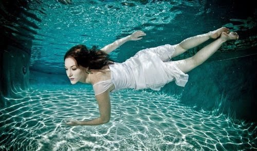 Breathtaking Underwater Women Photography