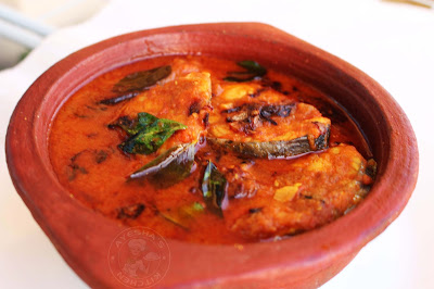 ayshas kitchen easy fish curry recipe with less ingredients ayakoora mulakittath / king fish steaks recipe