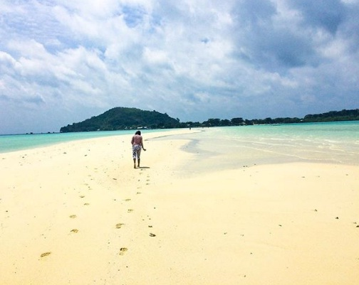 pulau noko bawean wisata gresik