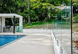 All of our fencing systems are stylish, modern and functional, offering an unobstructed view of the pool and surrounding areas.