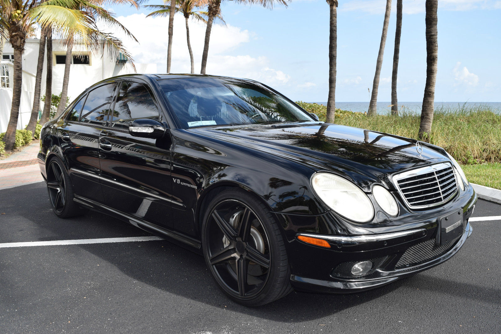 benztuning 2006 mercedes benz w211 e55 amg on 20 niche. Black Bedroom Furniture Sets. Home Design Ideas
