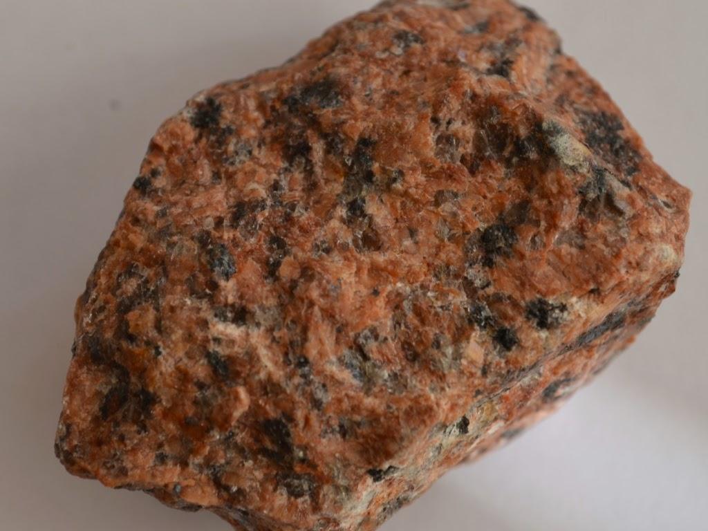 Камни гранит кремень известняк картинки