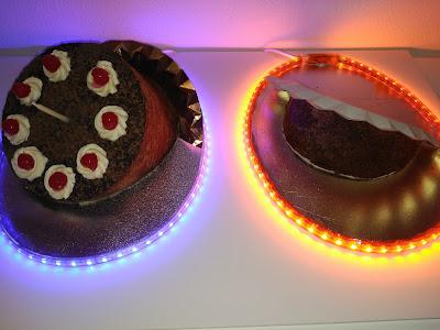 Portal -video-game-cake