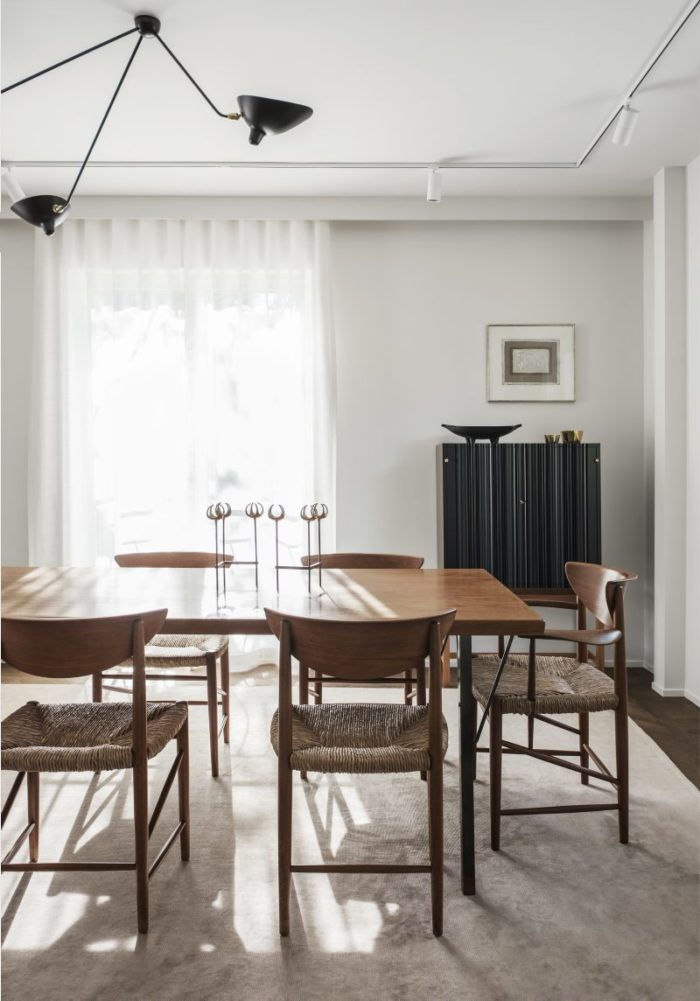 when warm minimalism and silence meet. a minimal dining room. ilaria fatone