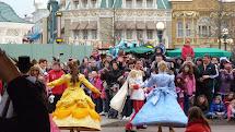 Disneyland Paris In Day - Mini Travellers Family
