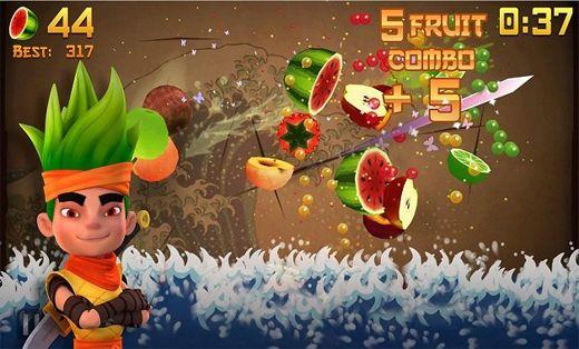 لعبة تقطيع الفاكهة، تُعد هذه اللعبة من أفضل الالعاب حاليًا ولها مُستخدمين كُثر وهي عبارة عن تقطيع الفاكهة عبر سيف انت تتحكم به ويجب عليك الابتعاد عن القنابل