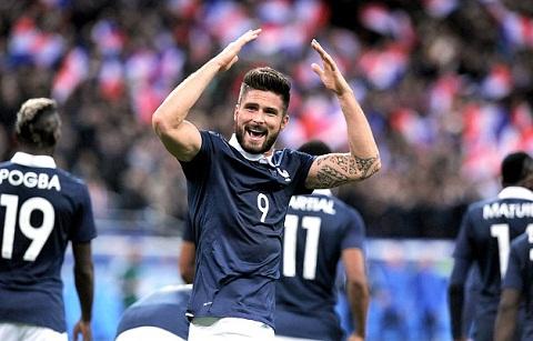 Giroud mở tỉ số cho tuyển Pháp