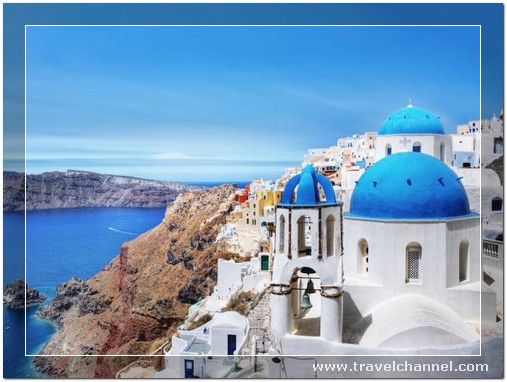 Santorini, Greece - 10 Amazing Best Place to Travel and Escape World