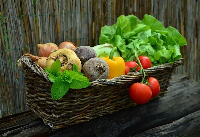 (Food) On peut manger des fruits et legumes nourissants