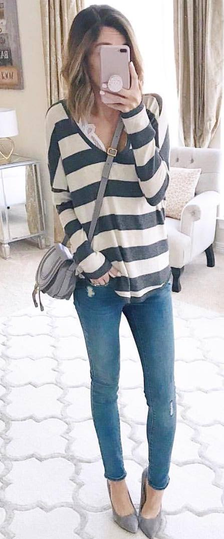 casual style addcit / stripped top + bag + skinny jeans + grey heels