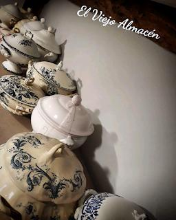 Soperas de porcelana francesa de El vuejo almecén antiguedades