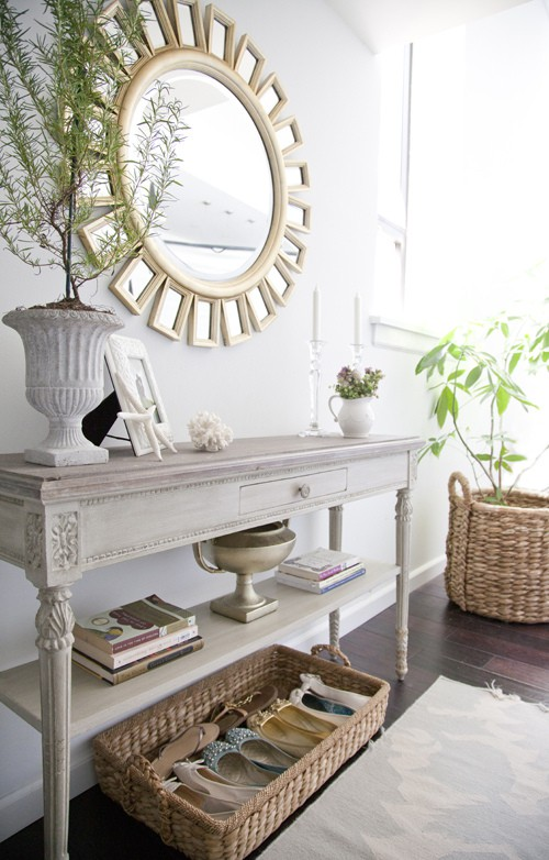 Eat Sleep Decorate Organization In Your Entryway
