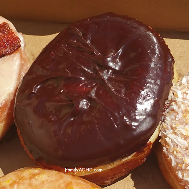 Union Square Donuts Boston Cream Donut Review Sommerville, MA