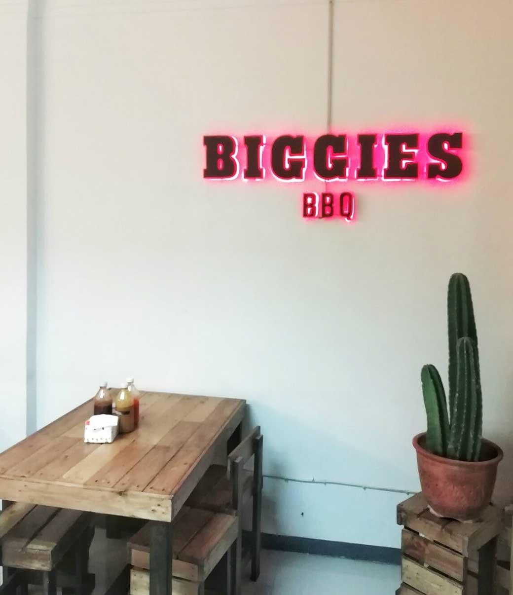 Smoked-Brisket-dan-Burger-Enak-di-Biggies-BBQ-Dekat-MRT-Cipete-instagramable