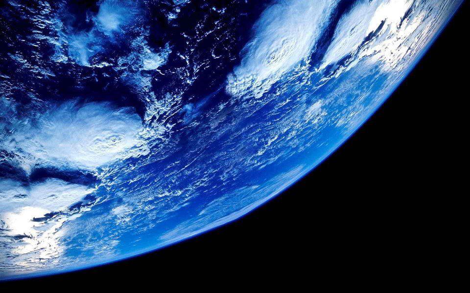 Risultati immagini per terra senza umani