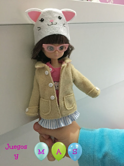 lottie-muñeca