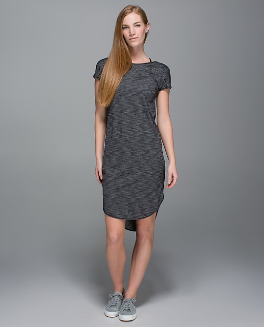 lululemon-retreat dress