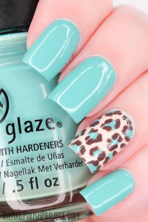trendy leopard nail art for this fall