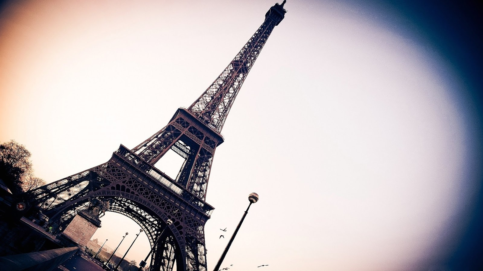 69+ Hình Nền Tháp Eiffel HD Đẹp Lồng Lồn Cho Máy Tính Cực Chất