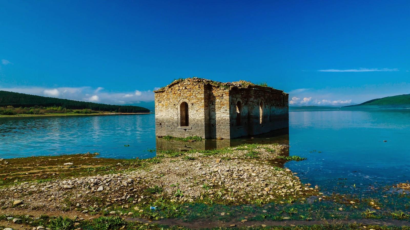 """Резултат с изображение за """"потопена църква жребчево"""""""