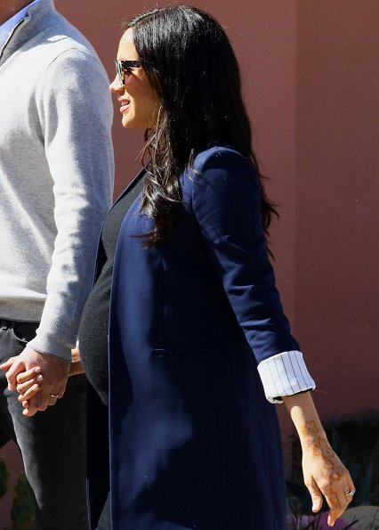 Meghan Markle wore Alice + Olivia Simpson blazer, Birdies blackbird smoking slippers, Boh Runga gold studs