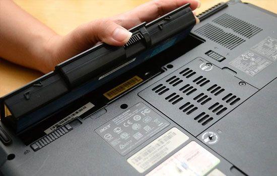 Cara Memperbaiki Laptop Yang Terkena Air