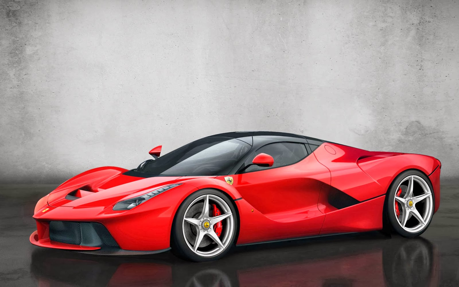 Laferrari Hybrid Voted Best Sports Car In Madrid