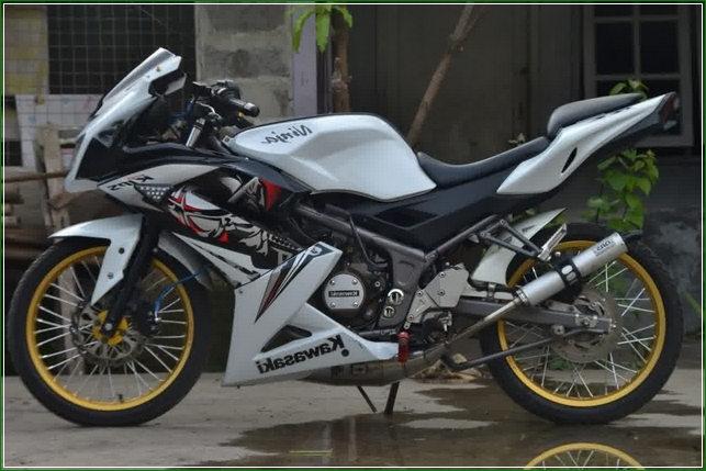 modifikasi motor ninja r jari-jari warna putih - Gambar Video Modifikasi Ninja RR Jari Jari Paling Keren Dengan Berbagai Gaya dan Konsep