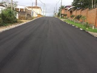 Prefeitura de Miracatu realiza recapeamento de ruas no feriado