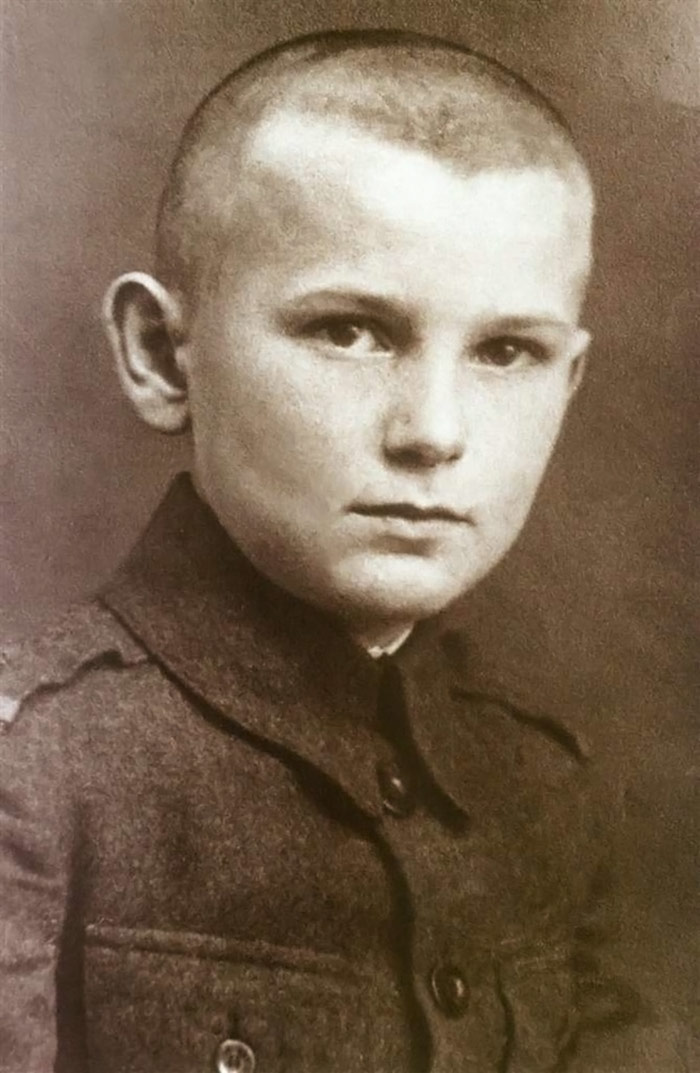 30 Pictures Of World Leaders In Their Youth That Will Leave You Speechless - Karol Wojtyla, Before He Was Pope John Paul II