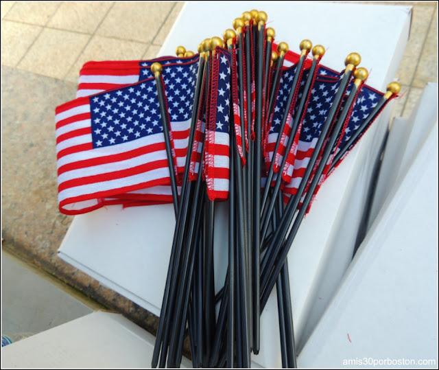 Día de la Independencia 2015 en Boston: Banderas Americanas