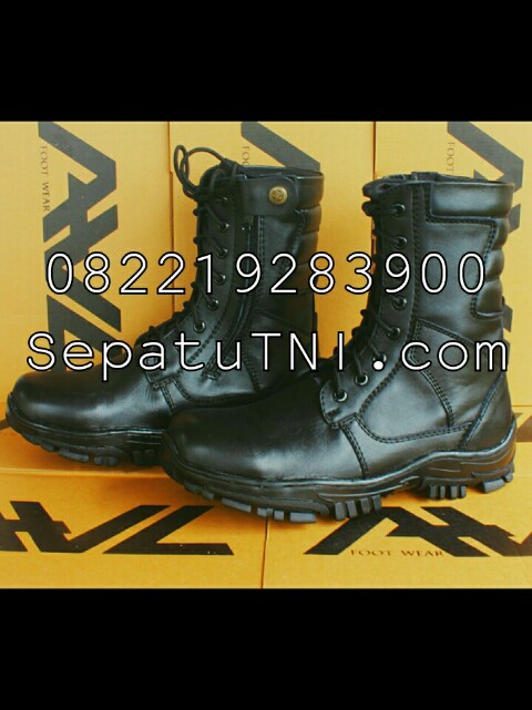 Sepatu PDL kulit asli merk AWL