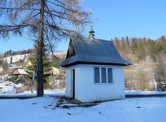 Kapliczka w Rzekach.