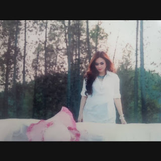 Download Lagu Ku Juga Sayang Tapi Kau Tak Tau (Salma Margarteh)