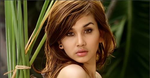 Koleksi Foto Wiwid Gunawan: FHOTO CEWEK TELANJANG: Foto Model Majalah Popular Paling