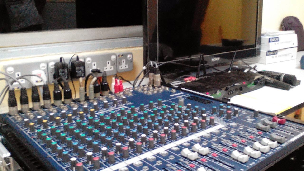 Silver Sound Entertainment Pemasangan Sistem Audio Dewan